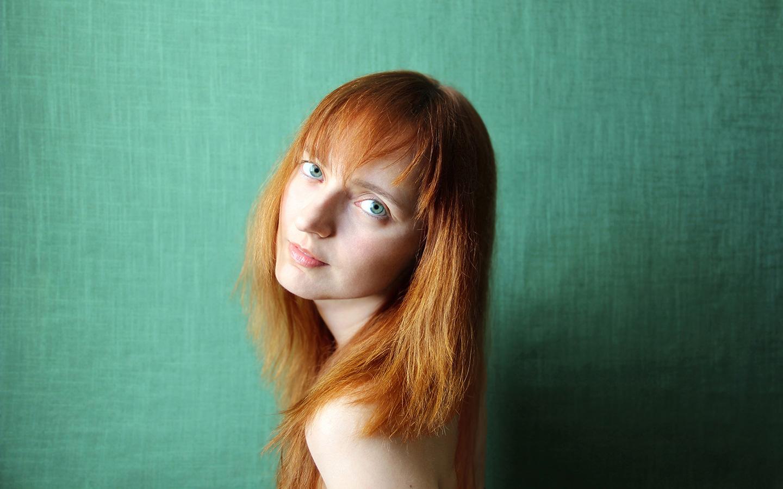 Лолита Быстрова промо фото для альбома Солнце навсегда