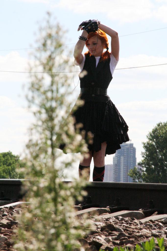 Лолита Быстрова на съемках клипа