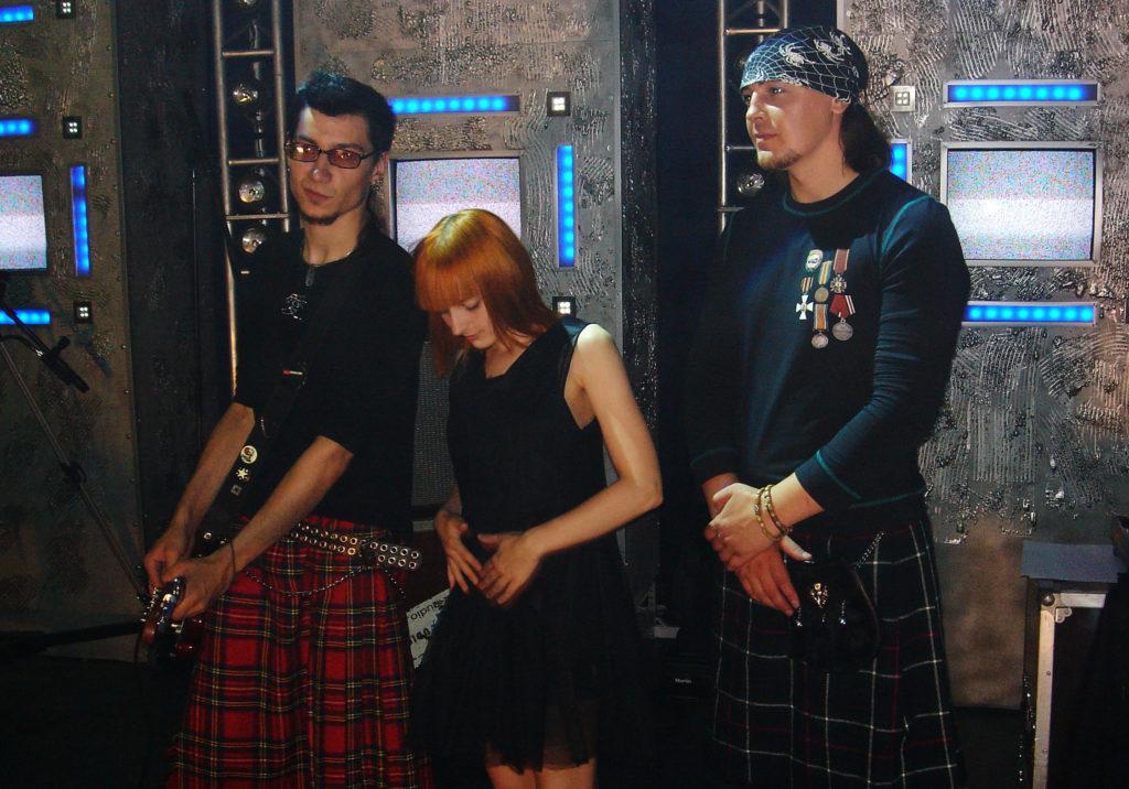 Лолита Быстрова в черном платье на MTV