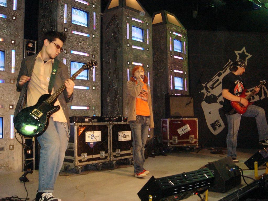 Лолита Быстрова на саундчеке на MTV